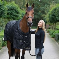 Back on Track Horse Rug Frost with Shoulder Pleat