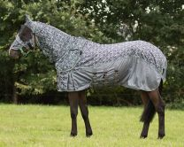 QHP SS'20 Fly rug Collection with hood and mask